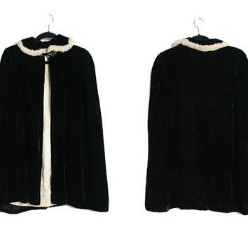 Vintage 50s Black Velvet Cape - Rabbit Fur Collar - Victorian Shawl - Vampire Cape - Witchy Witch Cape - Evening Cape - Opera Coat - Evening