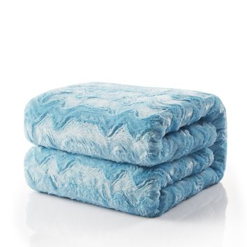 Tache Faux Fur Blue Sky Soft Throw Blanket (#8)