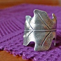 Antiqued Silver Leaf Ring by CloudCuckooLand on Etsy