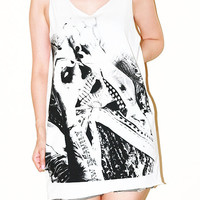 Rick Genest Skull Tattoo Zombie Boy White Tank Top Tunic Singlet Sleeveless Top Women Indie Art Punk Rock T-Shirt Size M