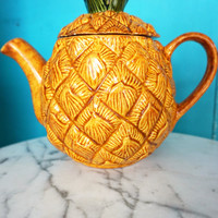 Vintage Ceramic Pineapple Teapot-Mid-Century Kitchen Decor-Kitschy Teapot-Tropical Kitchen-Retro Kitchen Decor