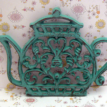 Teapot Cast Iron Trivet Hot Plate Medium Aqua Shabby Elegance Heart Center Bistro Cafe Kitchen Rustic Country Chic Coffee Bar Decor