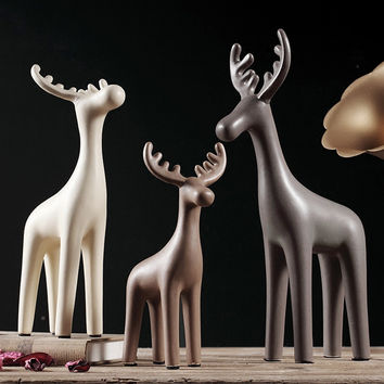 Minimalist design ceramic deer home decor crafts room decoration handicraft porcelain animal figurines wedding decorations