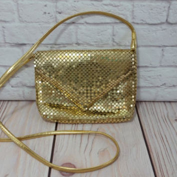 Vintage Gold Metal Mesh Purse Retro Glam Style
