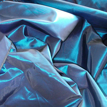 Royal/Black Iridescent Taffeta   1 Yard   (SM232)