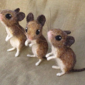 Needle felted field mouse - poseable felted animal