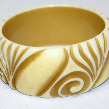 Vintage Boho 11/2 inch Wide Carved Ivory Lucite Bangle by patwatty