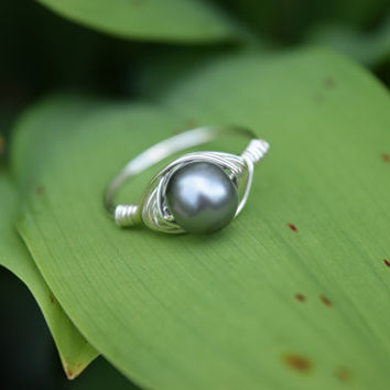 Size 8 Ring, Rings, Wire Wrap Ring, Wire Wrapped Stone, Pearl Ring, Silver Pearl Ring, Womens Rings, Wire Ring, Pearl Jewelry, Classic