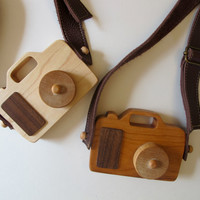 Wooden Toy Camera - Organic, safe and natural for your little photographer, explorer, adventurer