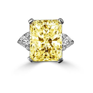 15 CT. Radiant Classic Style Canary Ring W/Two 1.50 CT. Triangular Sides Simulated Diamond - Diamond Veneer Sterling Silver Platinum 635R72098Canary
