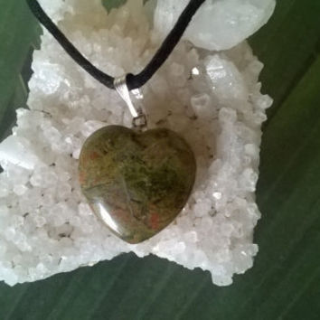 Unakite Jasper Heart Pendant Necklace Modern  Green pink brown Natural crystal Gemstone necklace Polished gems stone bead charm