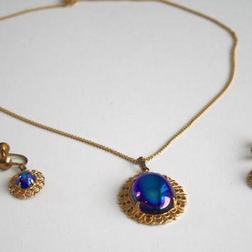 Vintage Blue Sapphire Necklace Earrings / Costume Jewelry Faux Sapphire Opal Oval Gold Pendant Necklace Screw Back Earrings Set
