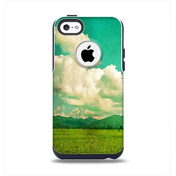The Green Vintage Field Scene Apple iPhone 5c Otterbox Commuter Case Skin Set