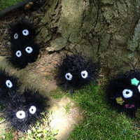 Studio Ghibli Inspired: Soot Sprite Plushie/Keychain from Spirited Away and My Neightbor Totoro - With or without Stars! READY TO SHIP!