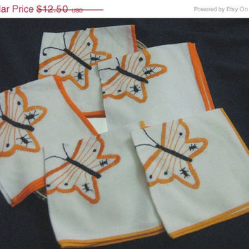 20% Off Sale 5 Vintage Embroidered Butterfly Linen Napkins