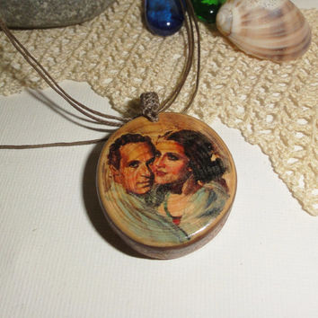 Romeo and Juliet, Vintage love couple, Shakespeare Romeo and Juliet, Natural Handmade Necklace, Love forever, Vintage necklace, Movie poster