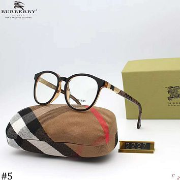 Burberry 2018 new trend female models and open retro high-end polarized sunglasses #5