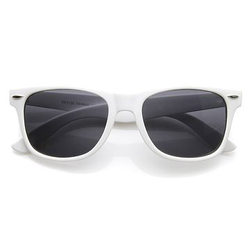 Retro Classic Colorized Horned Rim Sunglasses 2395