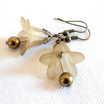 AMARANTHUS Vintage Inspired Lucite Petunia Flower Earrings in Olive & Brass by WilwarinDesigns