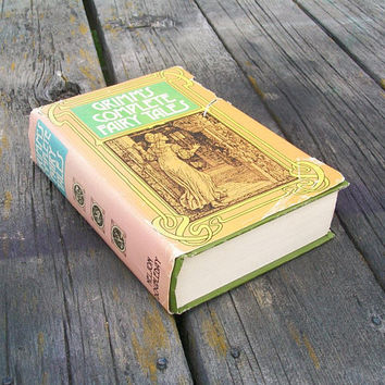 Vintage Book Grimm's Complete Fairy Tales 1975