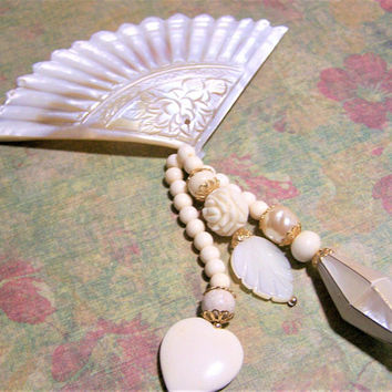 Mother of Pearl Carved Fan Pin, Dangling MOP Charms Brooch, Bridal Jewelry, White Shell Carved Fan Brooch, Vintage Jewelry  517