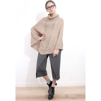 Cable Mixed Knit Poncho