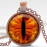 CIJ SALE Fiery Creature Eye Necklace, Third Eye Jewelry, Evil Eye Charm, Eyeball Pendant (1170)