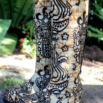 Womens Moccasin Boots In Tan And Caramel Balinese Batik, Vegan
