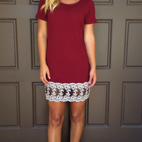 Wine Red Short Sleeve Lace Spliced Mini Dress