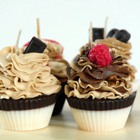 Soy Chocolate Scented Cupcake Candles (4)