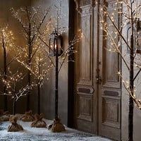 Winter Wonderland Tree - Flocked