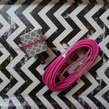 New Super Cute Jeweled Grey & White Moroccan Designed Wall iphone 4/4s Charger + 10ft Hot Pink Cable Cord Super Long VALENTINES DAY