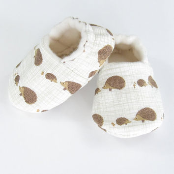 Baby Booties- baby slippers infant shoes new baby unisex gift infant booties crib shoes gender neutral baby soft sole baby shoes, Hedgehogs