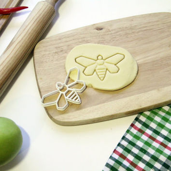 Breaking Bad Cookie Cutter Methylamine Bee Cookie Cutter Cupcake topper Fondant Gingerbread Cutters - Made from Eco Friendly Material