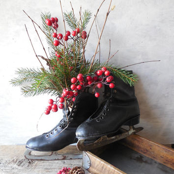 Vintage Black Leather Ice Skates ~ Rustic Cabin Christmas Door Hanging Winter Wall Shelf Decor, Christmas Centerpiece /0271