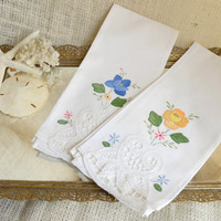 Elegant Vintage Guest towels with appliqued flowers and unique cutwork design //  Hand Towels with flower design- set of 2