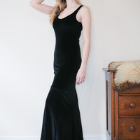 Solstice  - Black stretch velvet maxi dress with scoop neck