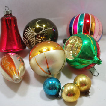 6 Christmas Glass Balls Teardrop and Round Shiny 1950 Christmas Ornaments