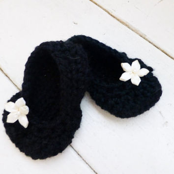 Crochet baby booties, crochet slippers, ballet slippers, baby ballet slippers, black booties, ready to ship, hand crochet, cute baby booties
