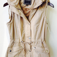 Colder Days Vest - Beige ** RESTOCKED **