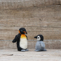 Felted Penguin Mother and baby Mother's day New mom gift Holiday décor Wool Bird Miniature Cute family gift Felted animal Small wool Penguin