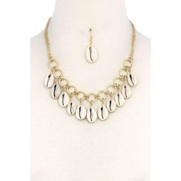 Cowrie Shell Dangle Necklace