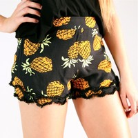 FESTIVAL PINEAPPLE PRINTS TIERED FRINGED SCALLOPED HEM BEACH SHORTS 6 8 10 12