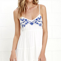 Quintessential California Blue and Ivory Embroidered Dress