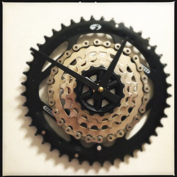 Wall Clock Bicycle Gear Wall Clock Bike Clock Recycled Bike Parts Clock Modern Industrial Bike Gear Clock Recycled Bike Parts Clock