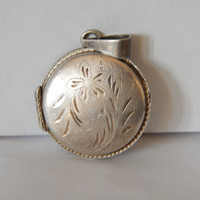 Sterling Silver Patented Locket With Floral Design - 1950s Jewelry - Silver Locket Necklace - Engraved Locket - Vintage Silver Locket