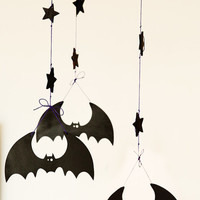 Bat mobile  - Halloween black violet wooden home decorations - Scary wooden bats decor - Autumn October fall trends