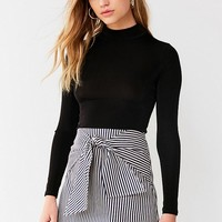 UO Alexa Tie-Front Mini Skirt | Urban Outfitters