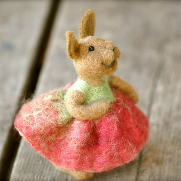 Needle felted Bunny Rabbit needle felted animal by BearCreekDesign