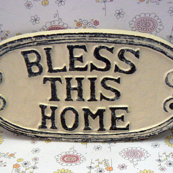 Bless This Home Oval Cast Iron Welcome Greeting Sign Cream Off White Wall Entryway Door Plaque Shabby Chic Style New House Warming Gift